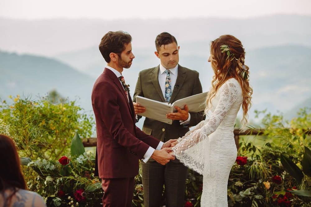 weddingceremony-in-Tuscany
