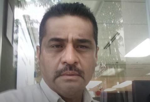 Ernesto Salas Instructor de Agromooc