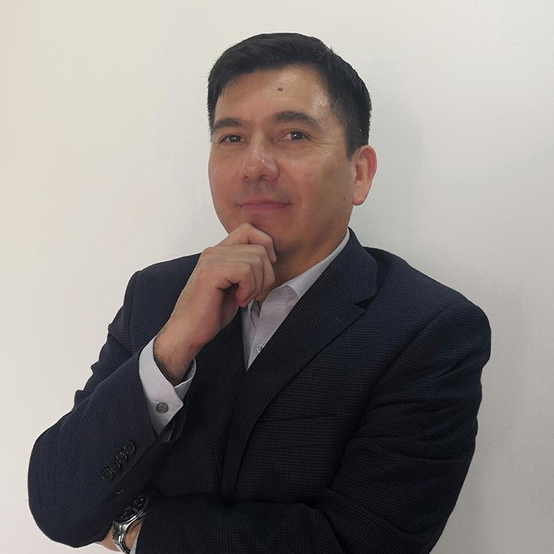 Roberto Luna, Edupreneur experto en consultoría, capacitación