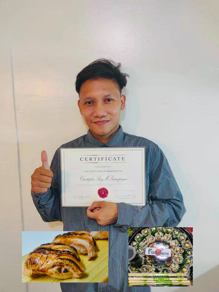 Successful Student with the certificate from Online Sushi Masterclass