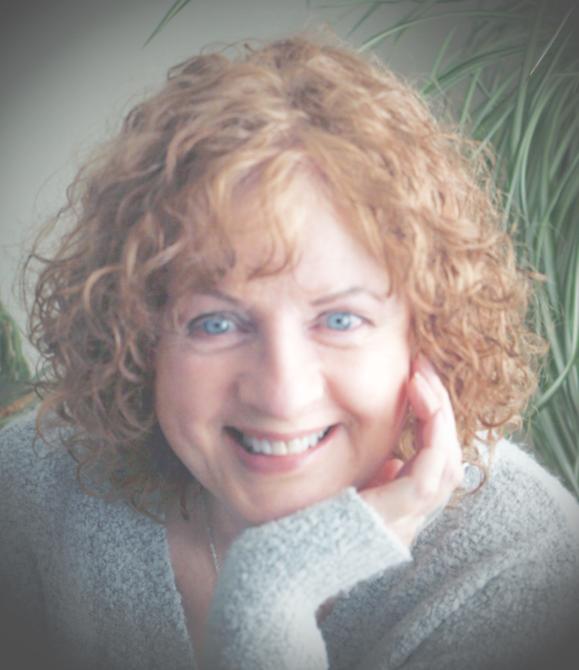 Fiona MacKay Young, Graphologist & Tarot Reader