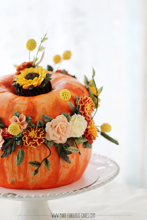 buttercream pumpkin cake