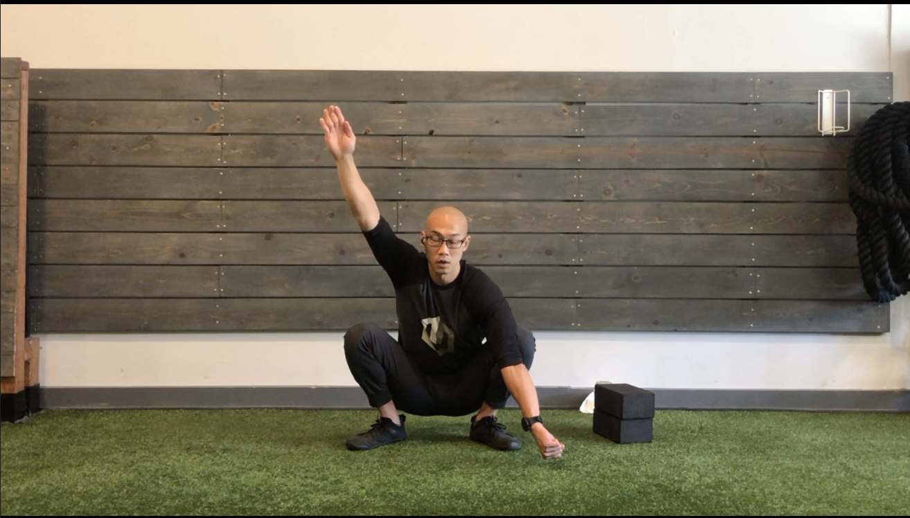 Kinstretch Hips (External Rotation) & Spine