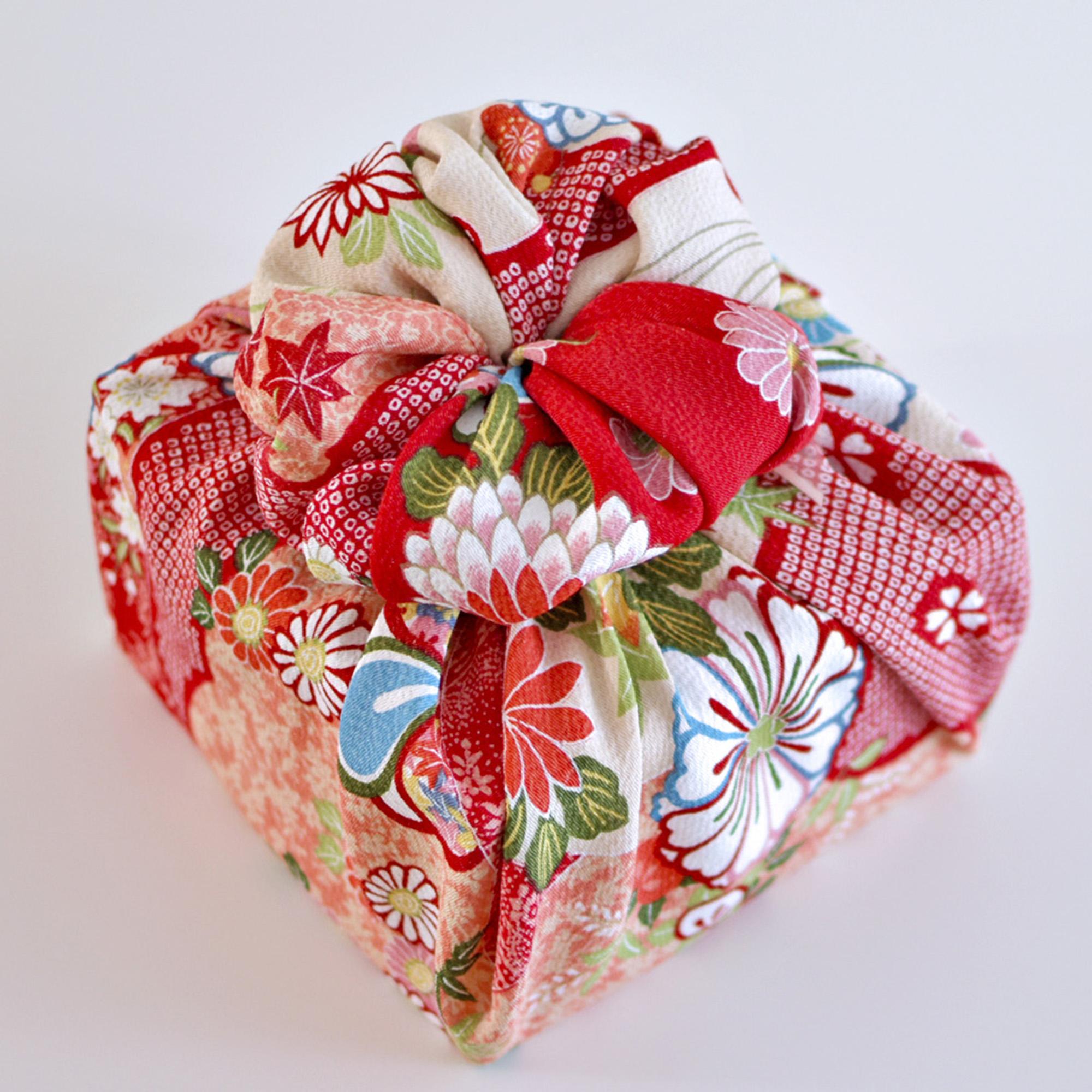 Double blossom Furoshiki wrapping design