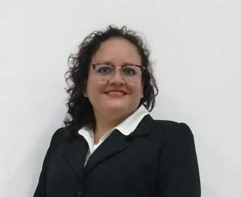 Lic Naira Espinosa en agromooc