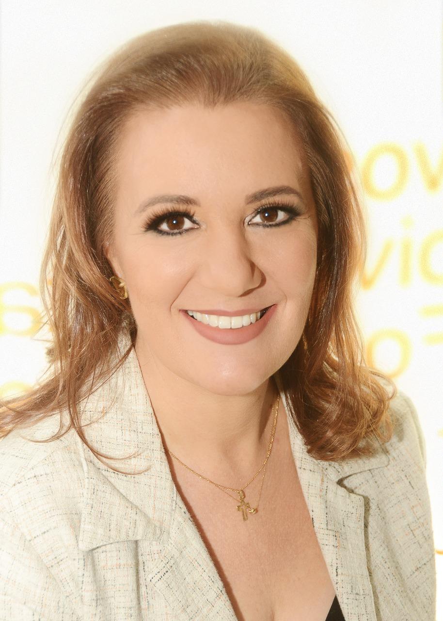 Liz Comis