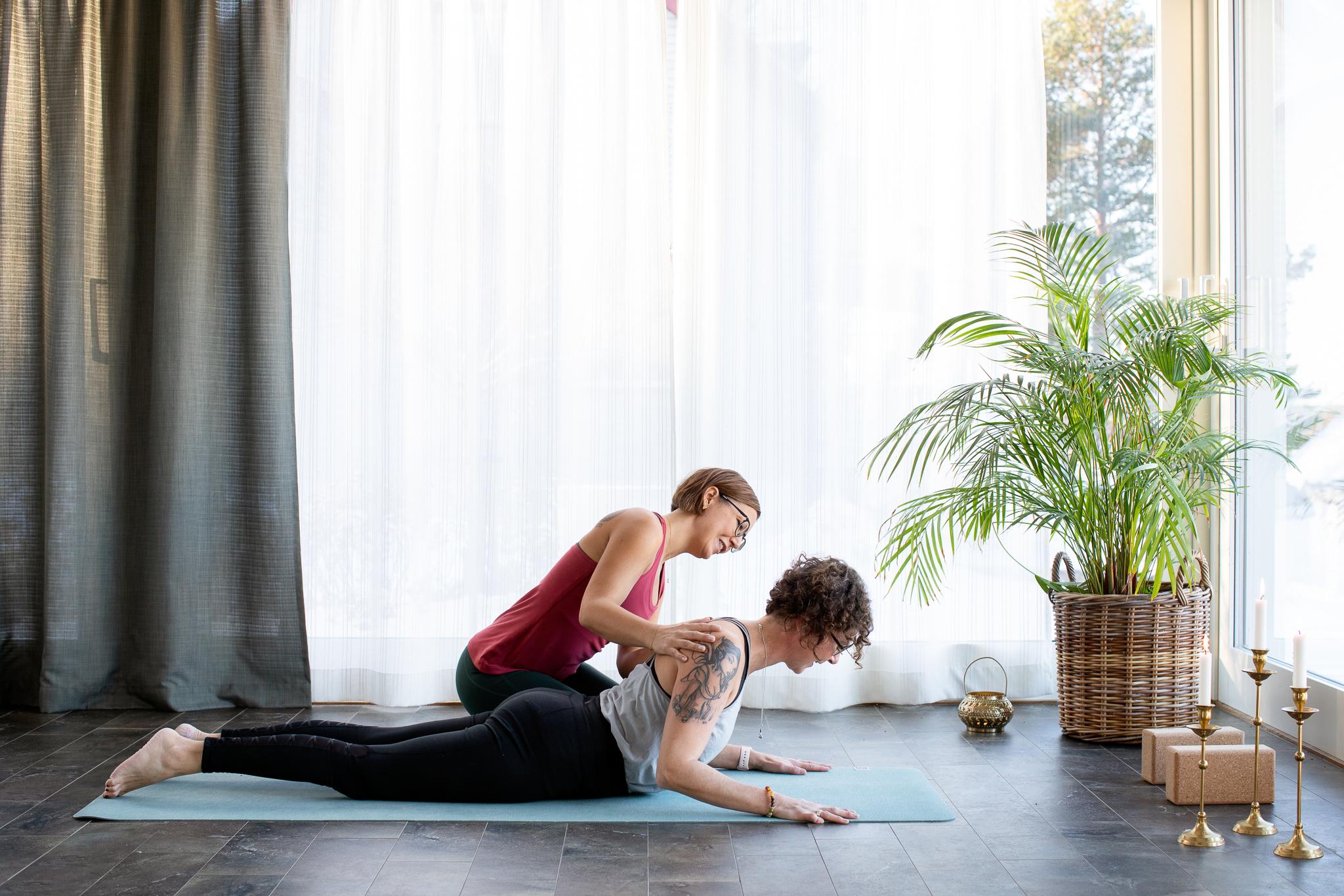 Medlemssida: Stoppa ryggont med yoga online