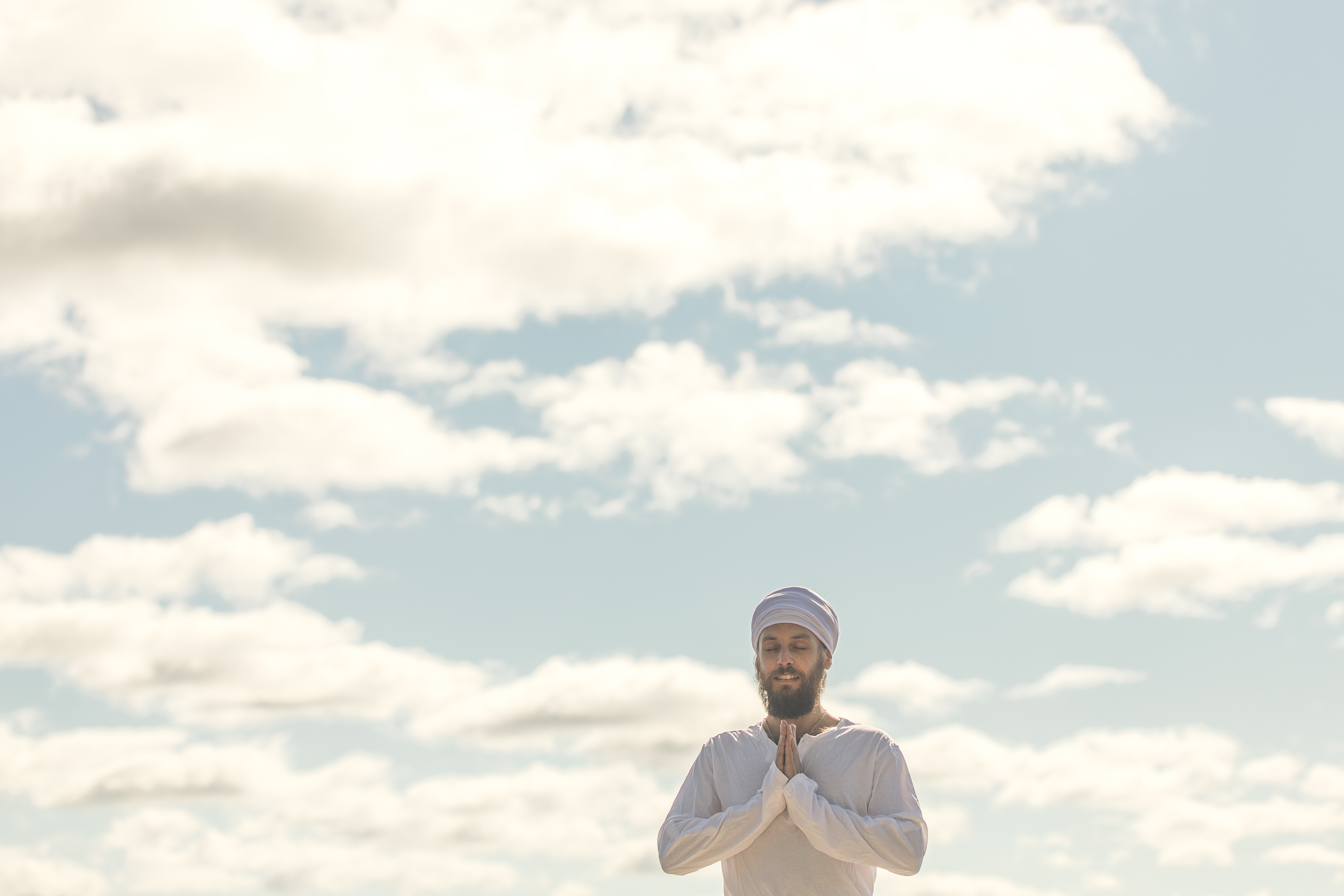 Salutation au soleil yoga kundalini en français