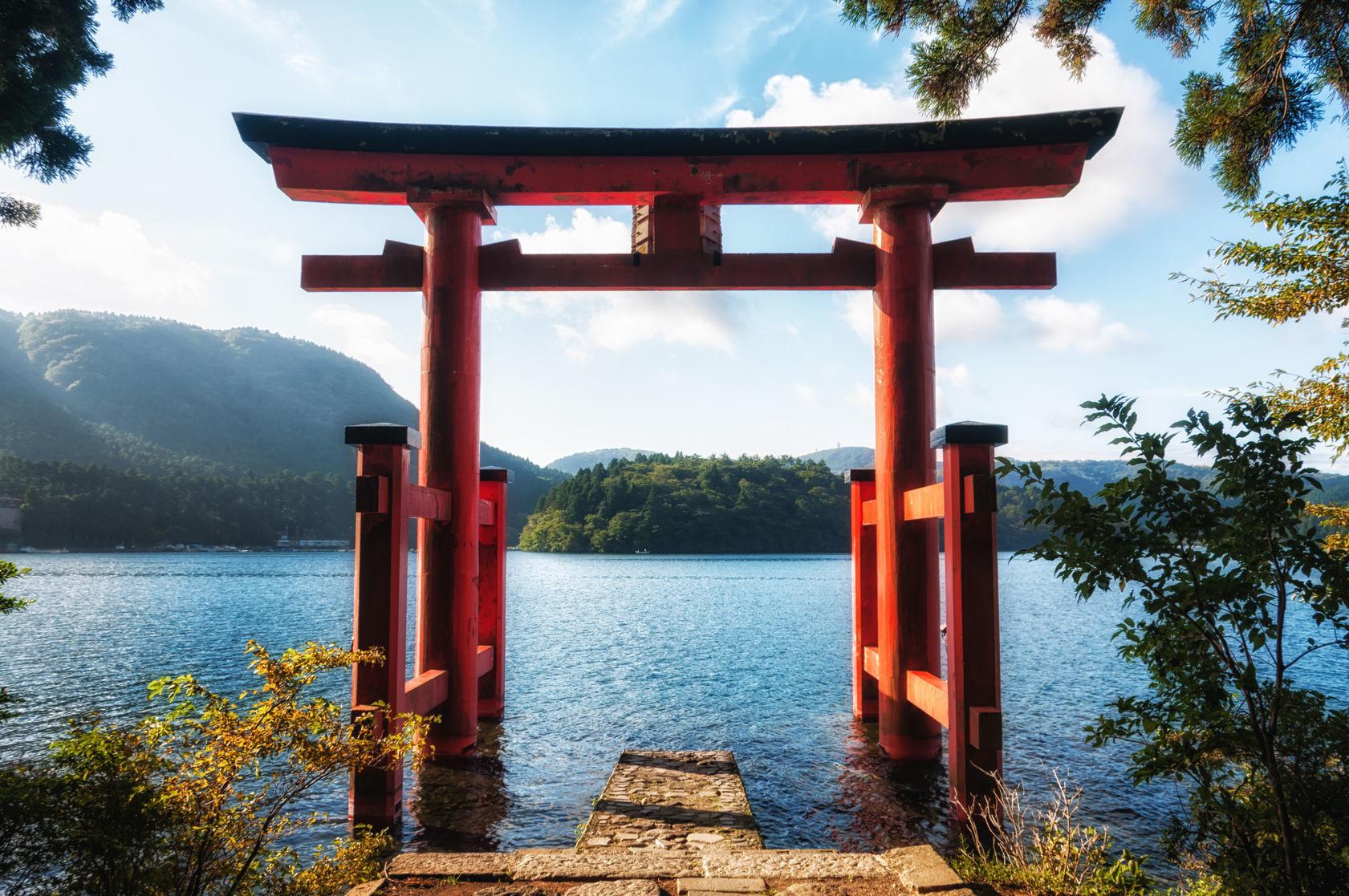 箱根神社はお水取りに最適です。