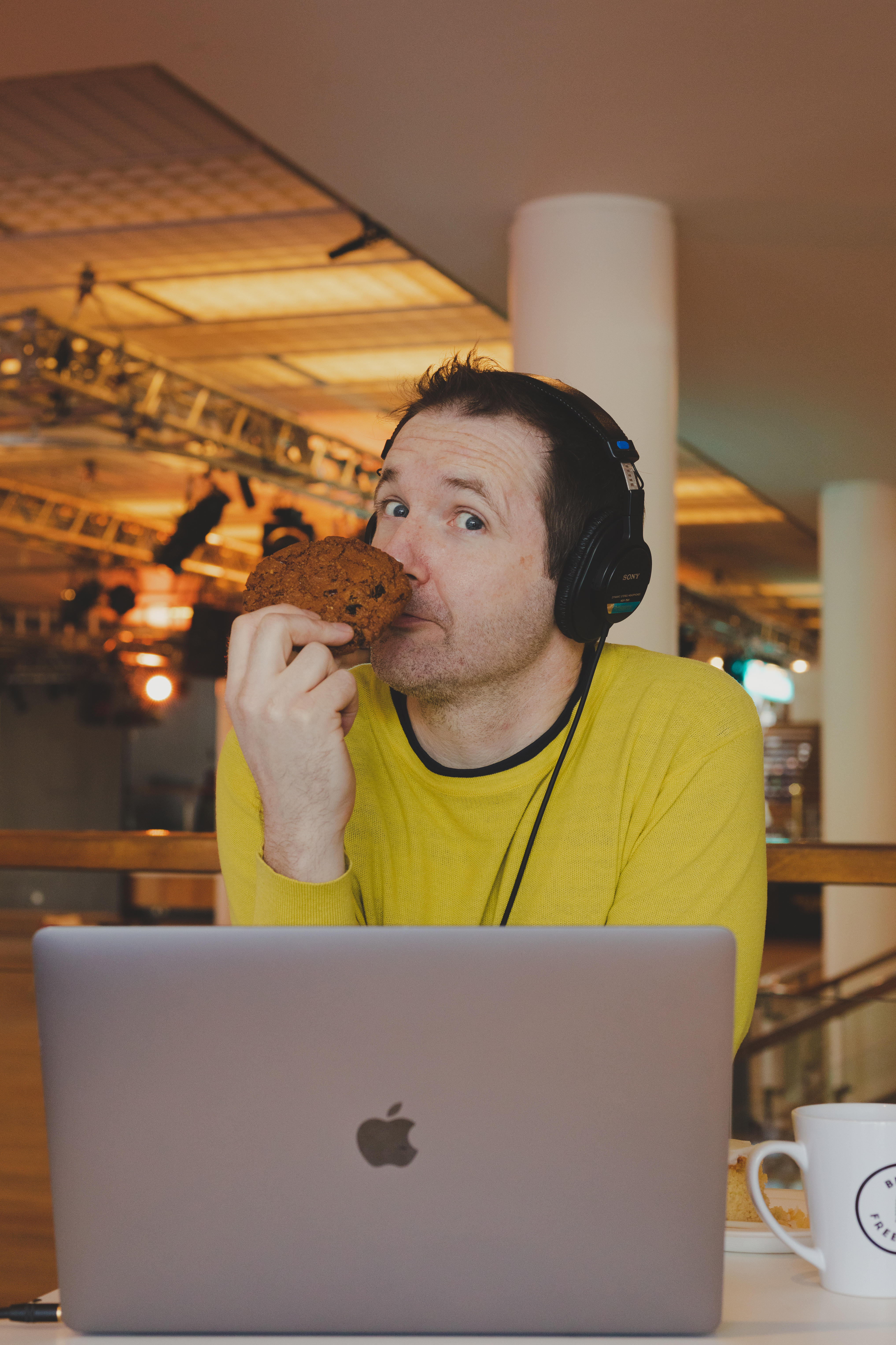 Course host Steve Folland with a giant cookie