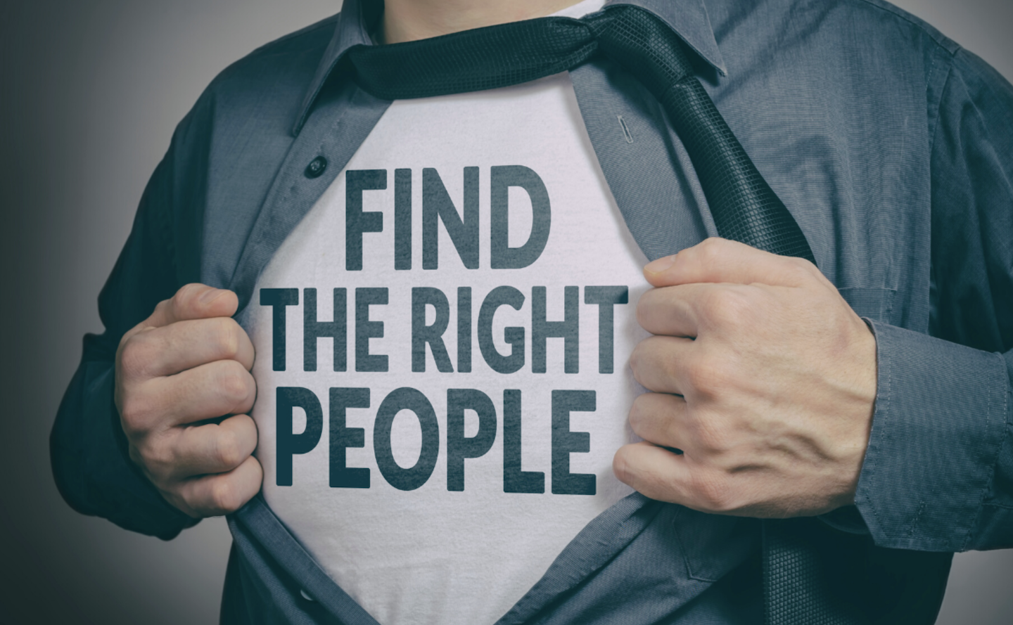 Find the right people in B2B Buying Center